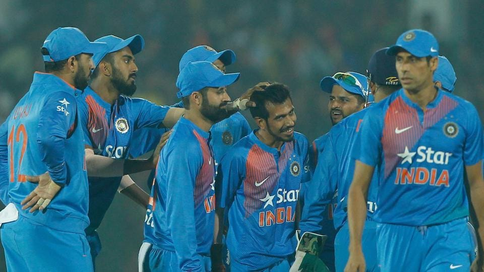 India down England to level series