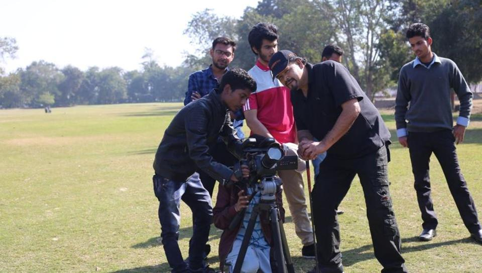 Dr Satish Rai with his all-Girmitiya crew shooting his film 'Vijaypath - a road to victory' at Golf Club Lucknow. Rai will film 'Awaaz — the Girmit Conspiracy' in UP after the assembly election.