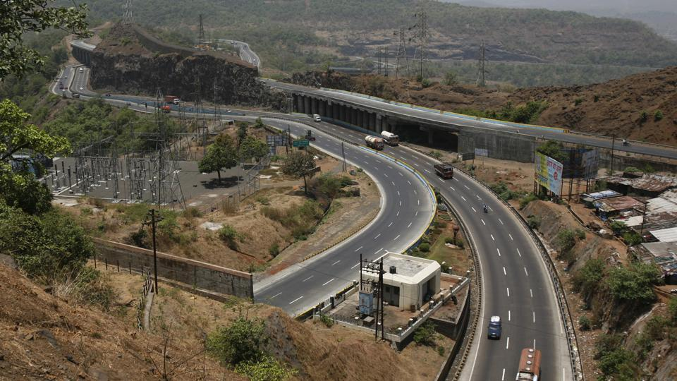 On Friday, Krushna Chavan, 40, and Dullappa Bhise, 50, were hit by a car while they were crossing the expressway