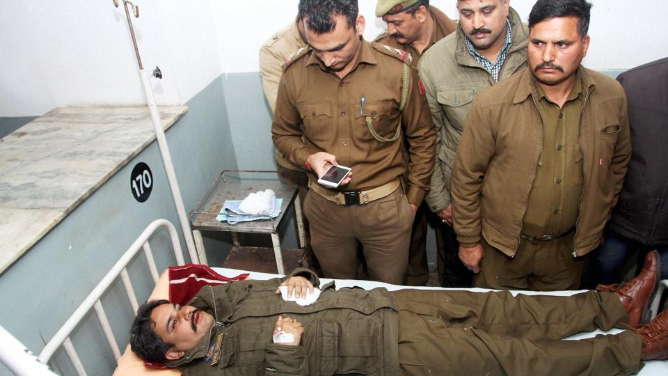 Jammu and Kashmir Police DSP, Vivek Shekhar Sharma, in the hospital after sustaining injury during stone-pelting incident in Jammu on January 28.