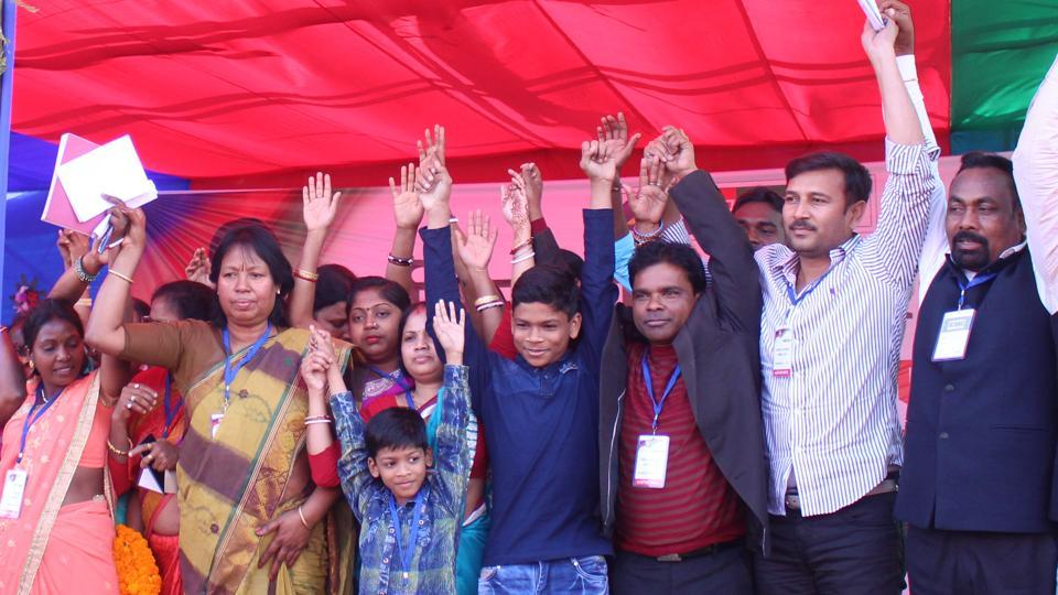 AJSU party President Sudesh Mahato and his party leaders at the women convention in Jamshedpur on Sunday