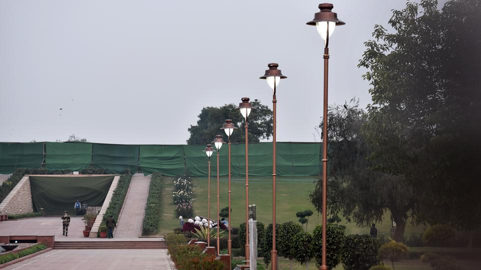 Decorative lamp posts with energy-efficient LED lights, CCTV cameras and a solar energy unit are among the new facilities inaugurated at Rajghat as part of a facelift project.