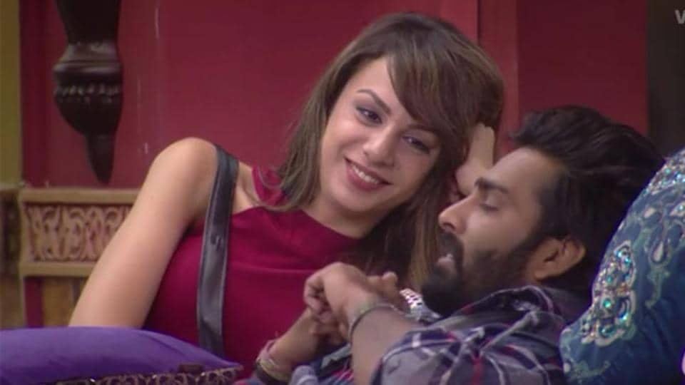 In a recent interview, Manveer's brother and sister-in-law have said that Nitibha isn't the kind of wife they are looking for Manveer.