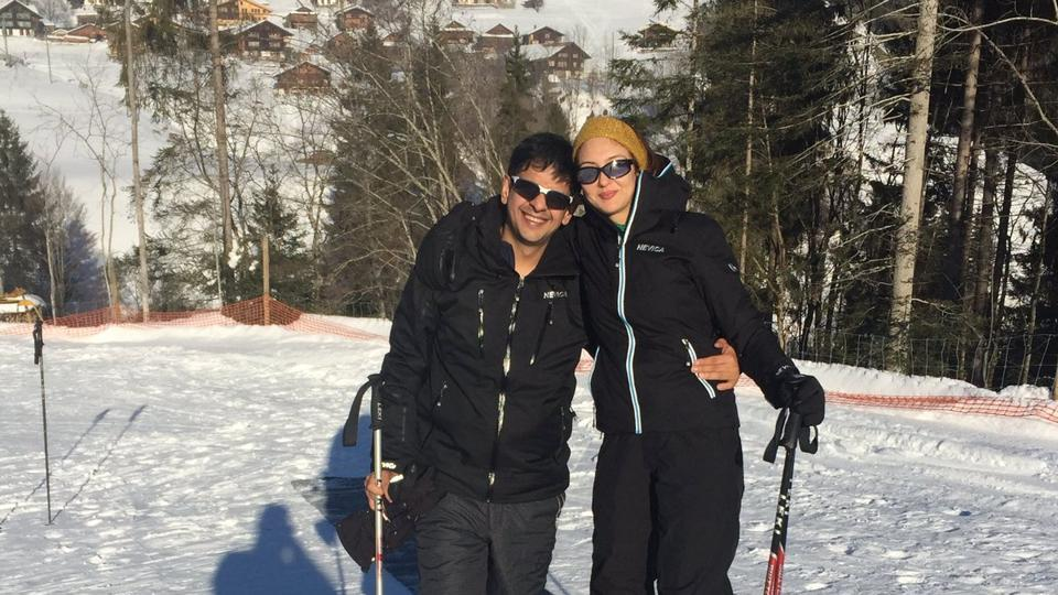 Soumya got married banker Saurabh Devendra Singh in a private, hush-hush ceremony in Mumbai in December 2016. The duo had been dating for more than a decade before they tied the knot.