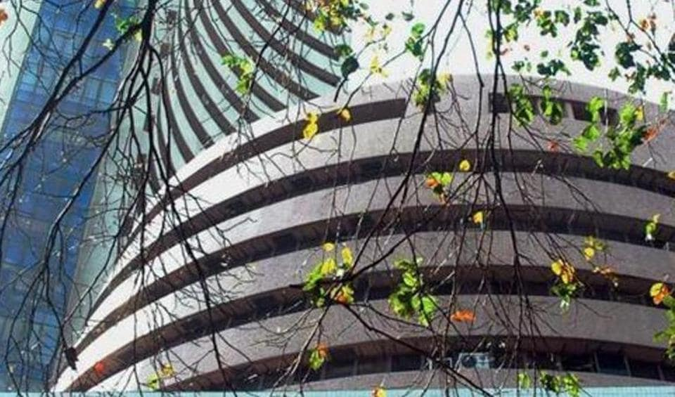 Bombay Stock Exchange's Sensex tanked 194 points after the Economic Survey was tabled in Parliament.