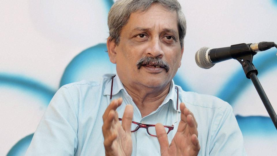 Defence Minister Manohar Parrikar speaks at an exhibition organised to promote cashless transactions, in Panaji, Goa.