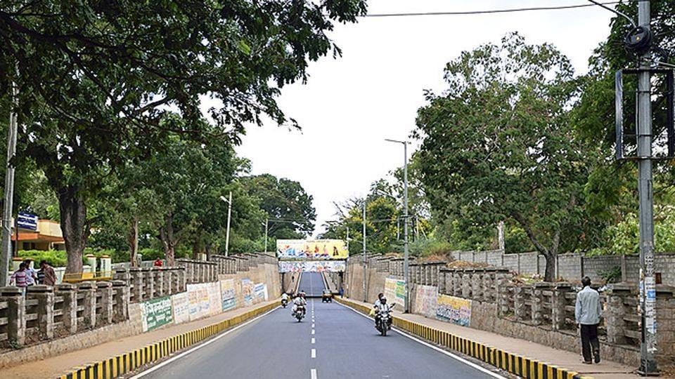The incident occurred on Saturday near Alanahalli on Mysuru-T Narasipura road.