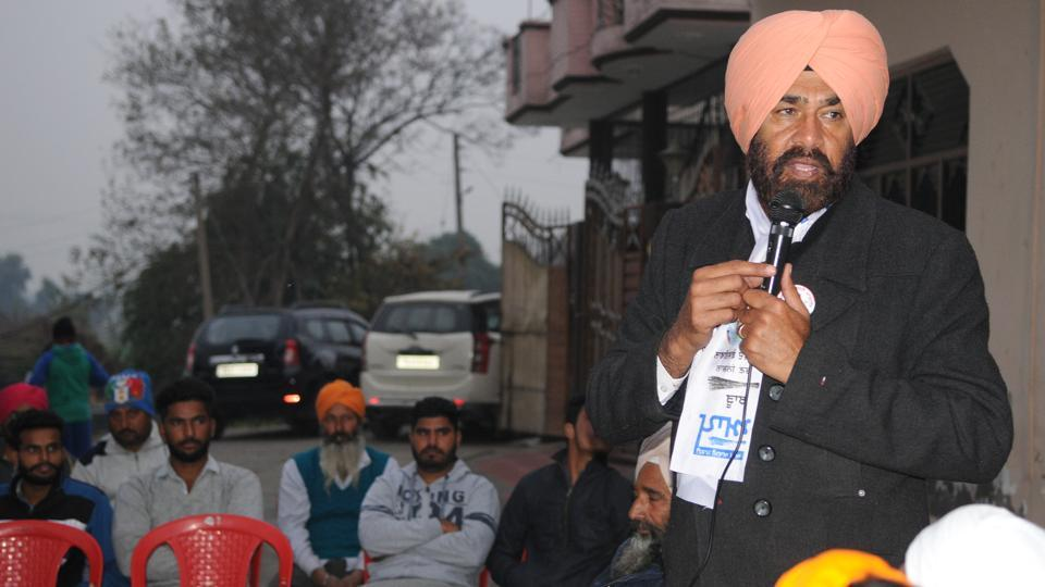 Former Indian basketball skipper Sajjan Singh Cheema is making his electoral political debut from Sulatanpur Lodhi Constituency in Kapurthala district. He is contesting on AAP ticket. (Anil Dayal/HT)
