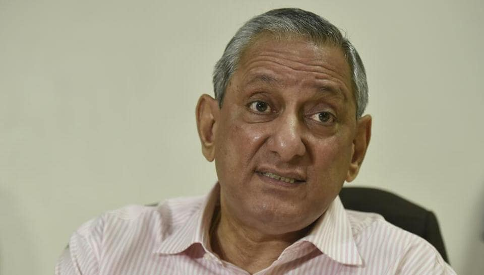 Rakesh Maria interact with the media at his office in Mumbai on Tuesday, January 31.