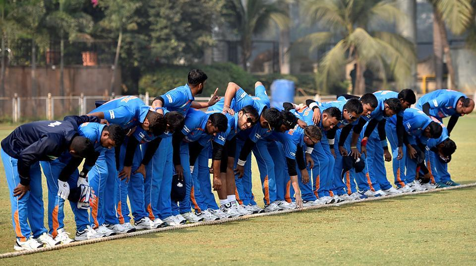 The Indian blind cricket team before their match. The World Cup is being played on a round robin format. Three points are awarded for a win while in case of a draw or tie, only one point is awarded. (Arijit Sen/HT PHOTO)