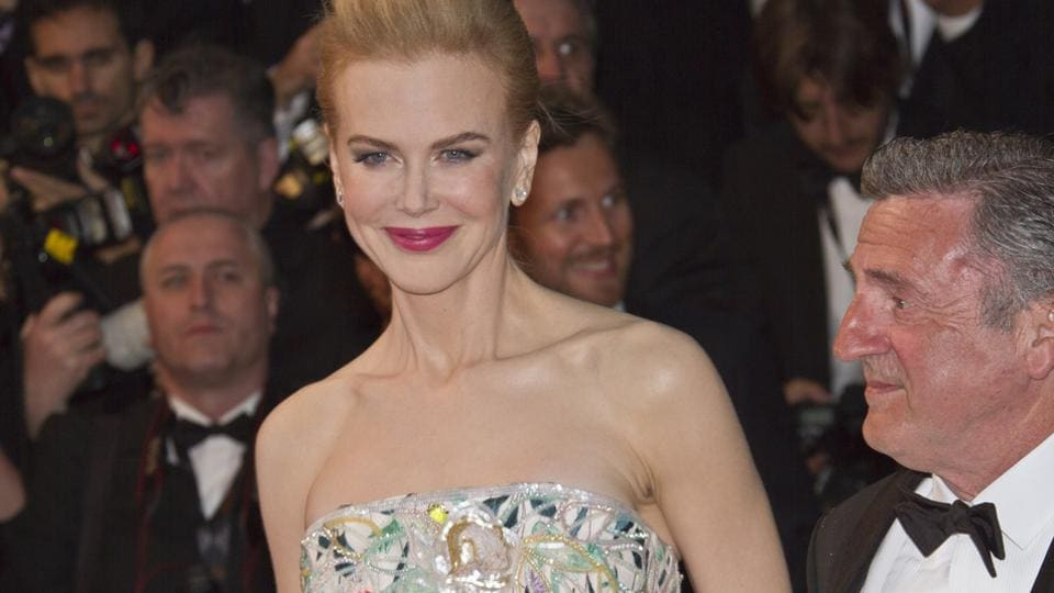 Nicole Kidman is said to have had some initial contact from publishers about her memoir with millions being offered for it.
