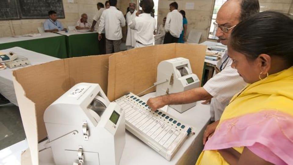 Punjab polls,EC,voter-verifiable paper-trail