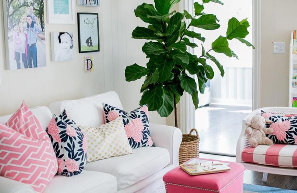 With compact living on the rise, getting that 'airy' feel in a small home is crucial. Try these 20 easy space-expanding tricks to get a spacious feel to a room of petite proportions.