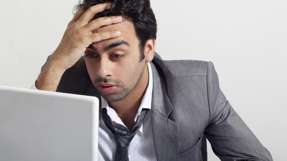 New research says work limit should be set at 39 hours a week for a healthy life.