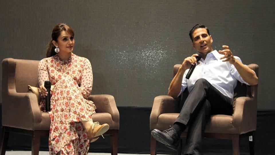 Akshay Kumar and Huma Qureshi during a press conference to promote their upcoming film Jolly LLB 2 in Ahmedabad.