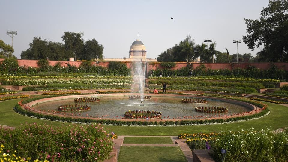 A view of Mughal Garden. The 15-acre area of the Mughal Gardens of Rashtrapati Bhawan was designed by Sir Edwin Lutyens and have been opened for the annual public viewing from February 5, 2017. (Sonu Mehta/HT PHOTO)
