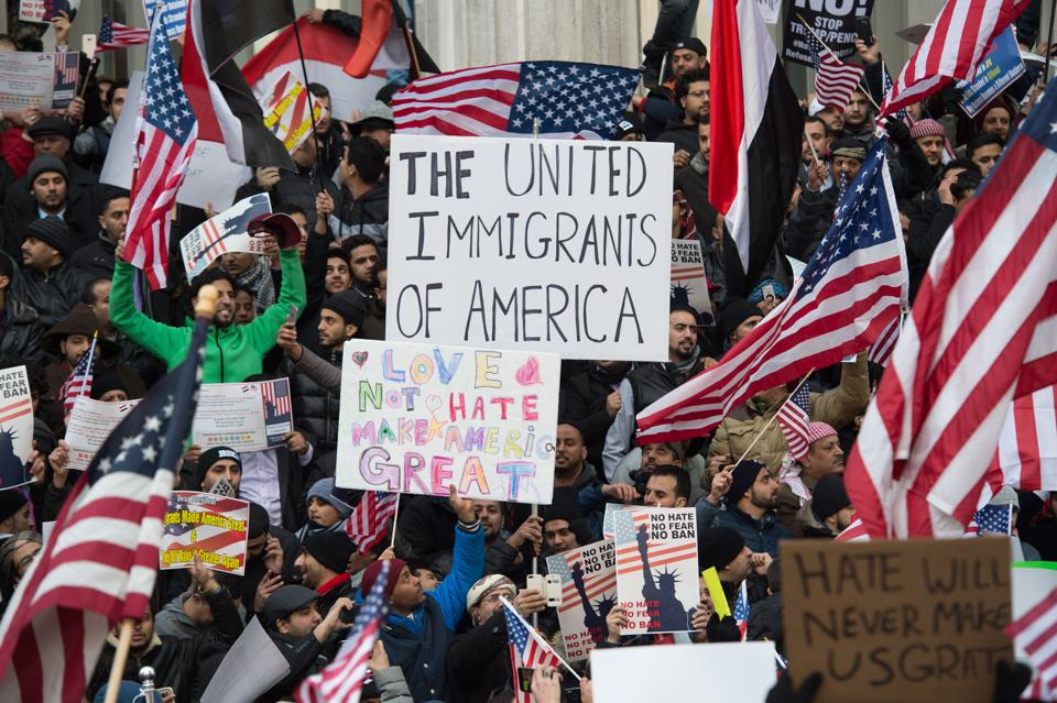 People protest on Thursday in New York against US President Donald Trump's executive order banning immigrants and refugees from seven Muslim-majority countries.