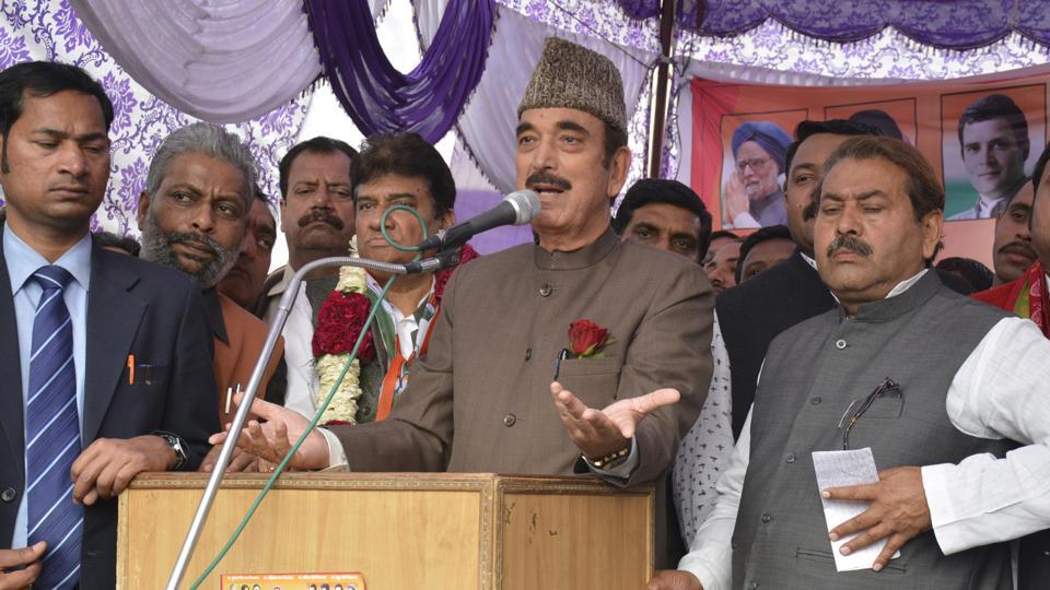 Senior Congress leader Gulam Nabi Azad, who is also the party's general secretary, at the rally in Kaila Bhatta locality, which is a Muslim dominated area, in Ghaziabad, on Saturday.