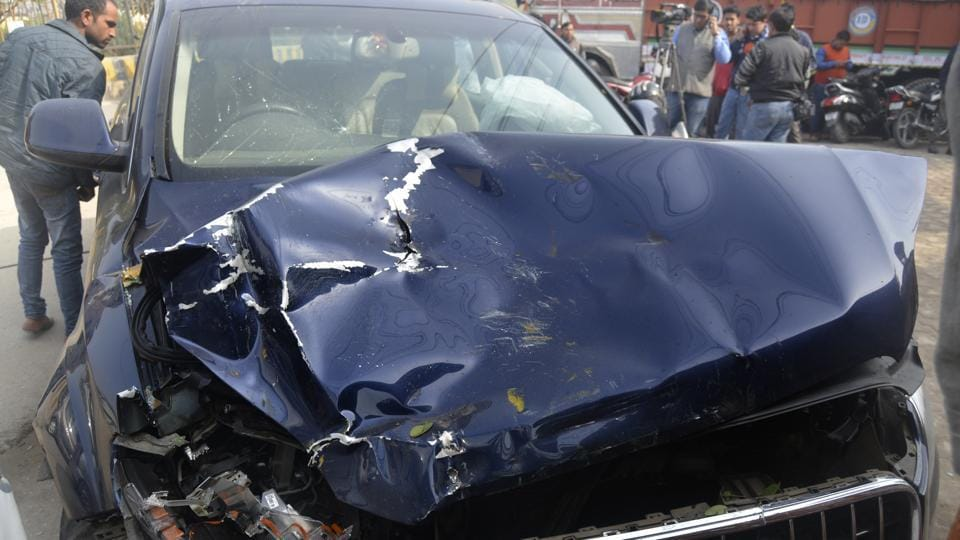 Four persons were killed as a speeding Audi Q7 hit an auto over the Hindon canal road  in Ghaziabad  on January 28.