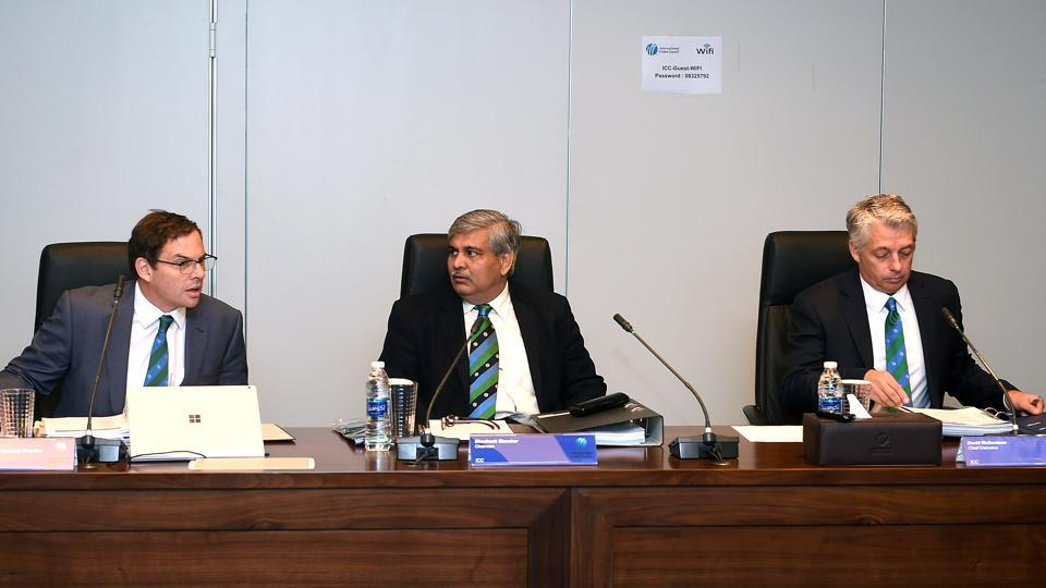 ICC's chief operating officer Iain Higgins (from left), chairman Shashank Manohar and ICC chief executive David Richardson attend a board meeting.