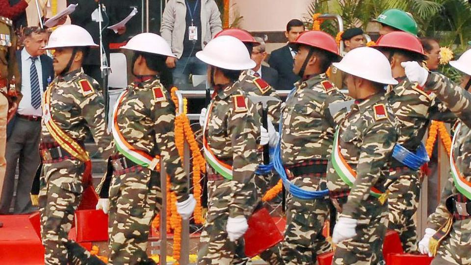 Military salute,RSS,Shashi Tharoor