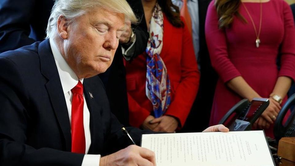 Donald Trump,Banking Rules,US President Donald Trump