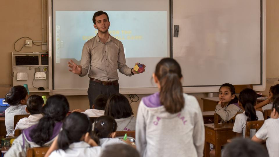 mumbai schools,travellers,globalisation