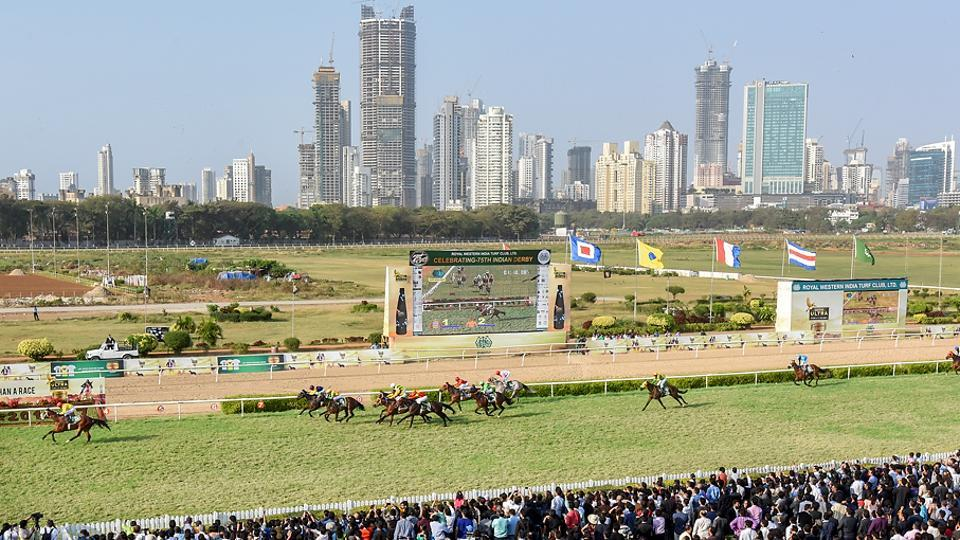 Crowds throng the Mahalaxmi Racecourse for the Indian Derby in Mumbai on Sunday. (Kunal Patil/Hindustan Times)