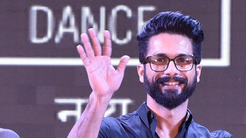 Actor Shahid Kapoor during the inauguration ceremony of the HT Kala Ghoda Arts Festival at Cross Maidan in Mumbai on Saturday.