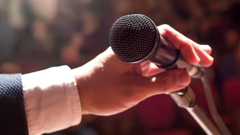 Most people freeze on stage and find it extremely difficult to hold the attention of their audience for any length of time. Very few are blessed with the gift of the gab as well as the ability to put across their points cogently and lucidly.
