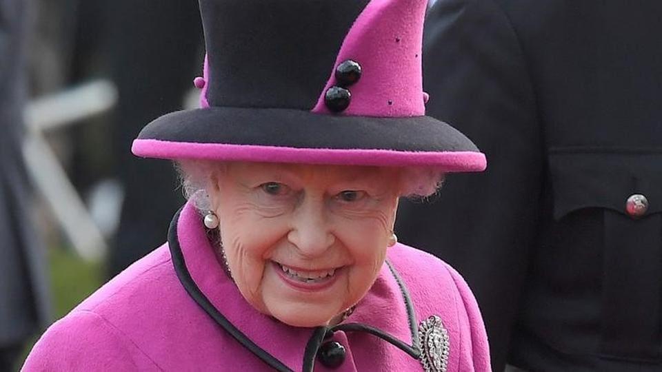Queen Elizabeth,Royal salute,King George VI