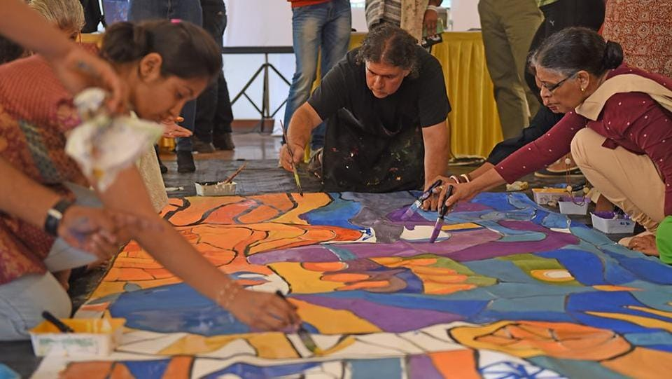 For your eyes only: A mural painting workshop conducted by Pablo Ramirez Arnol from Argentina at the Artists' Centre. (Pratik Chorge/HT PHOTO)