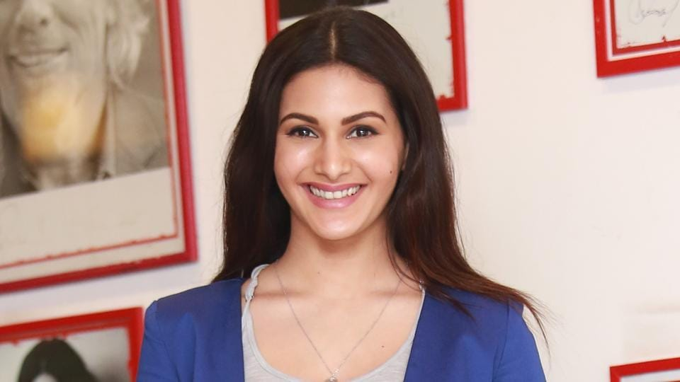 Amyra Dastur is currently busy with her Tamil and  Telugu films.