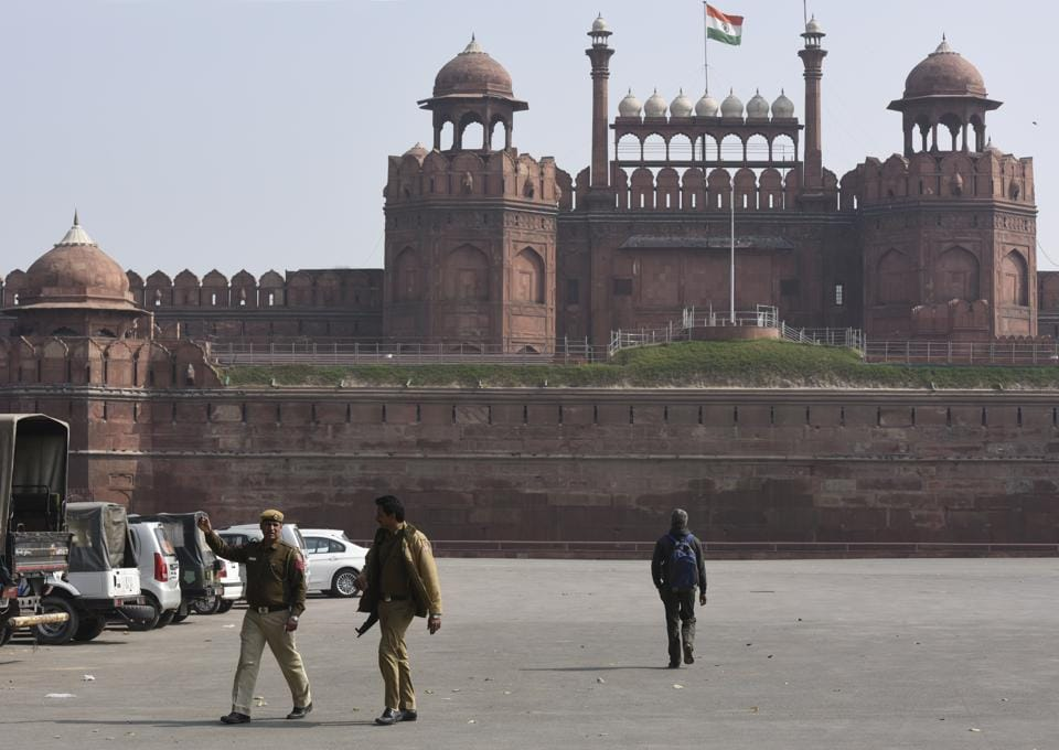 Policemen at the Red Fort inNew Delhi.
