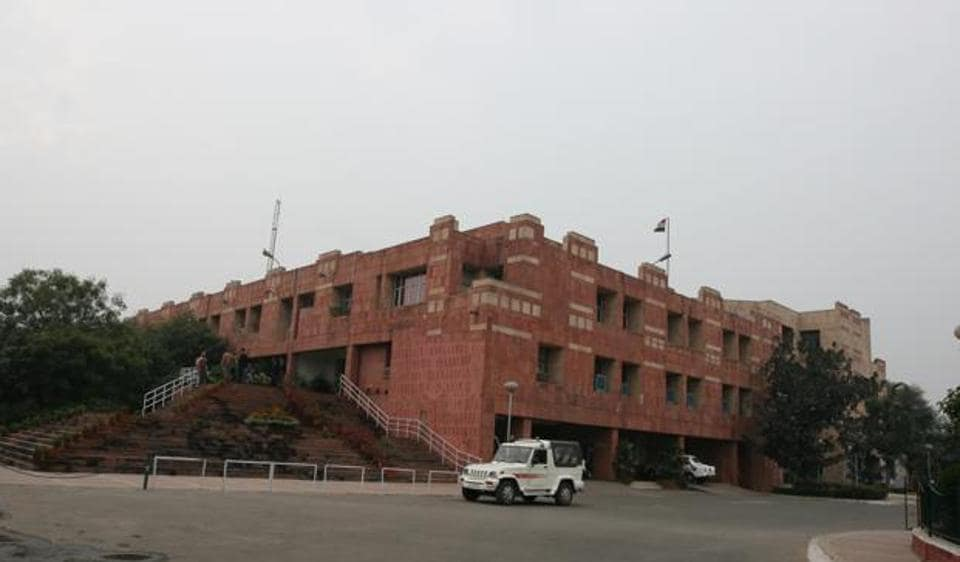 JNU announced massive reduction in student intake in MPhil and PhD courses and scrapped fresh admission in some departments for the upcoming academic session, inviting fresh protests by the student community.