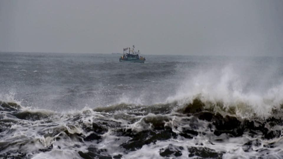 The fishermen from Thangachimadam here have been taken to Kangesanthurai.