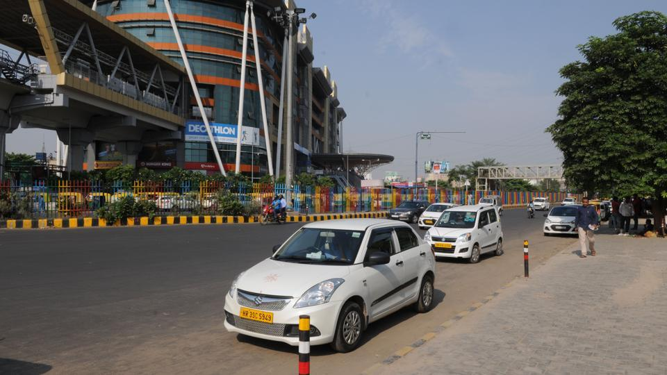 Ola And Uber Cabs Are Popular Among Delhi Commuters, Especially For Those  Travel Long Distances
