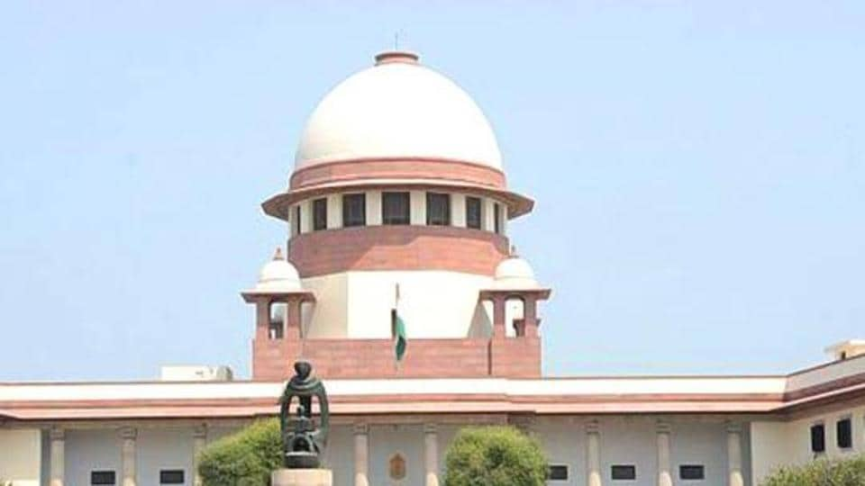 The Supreme Court said on Tuesday it can't lay moral guidelines for the citizens over the issue of jokes on Sikhs.