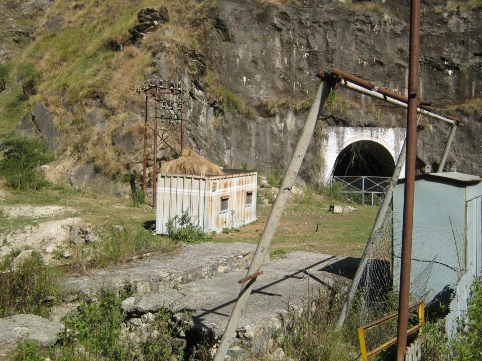 A closed tunnel at the now-abandoned Lohari Nagpala project site.