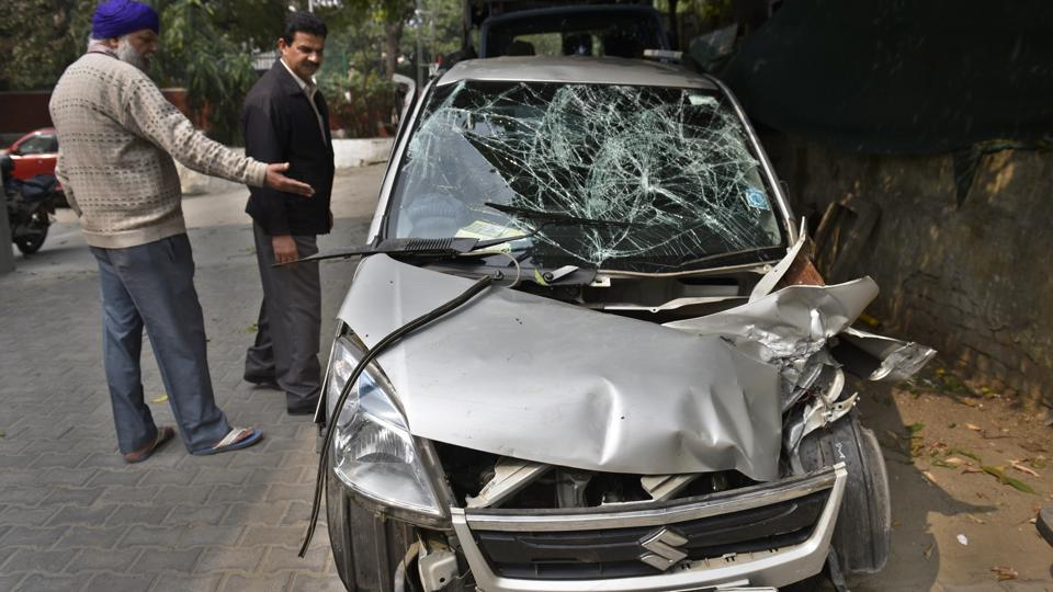 A car involved in an accident in New Delhi.