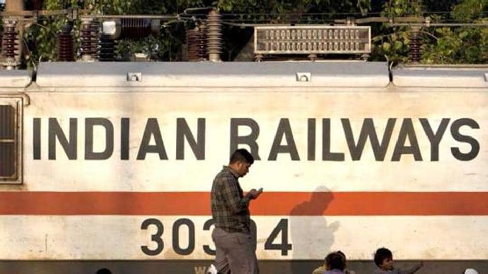 Indian Railways,IT experts,Oce-ICT