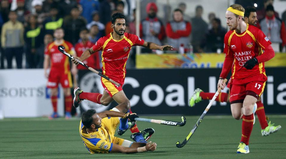 Action during the Hockey India League match between Punjab Warriors and Ranchi Rays, in Chandigarh on Thursday.