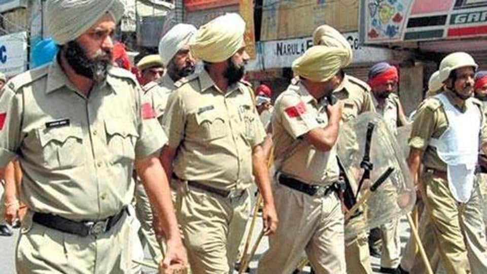The violence at Lalu Ghuman village and Palasaur involved firearms including rifles and revolvers in large quantity.