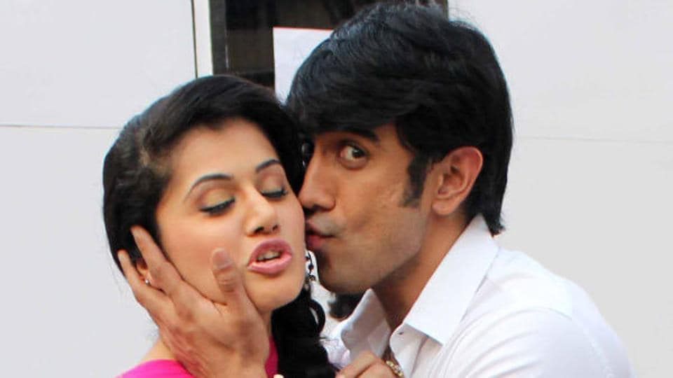 Taapsee Pannu and Amit Sadh starrer Runningshaadi.com will hit theatres in India and Pakistan on the same day, February 17.