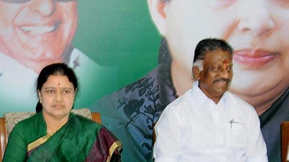 Tamil Nadu chief minister O Panneerselvam and AIADMK general secretary V K Sasikala  at party headquarters in Chennai on Feb 5, 2017.