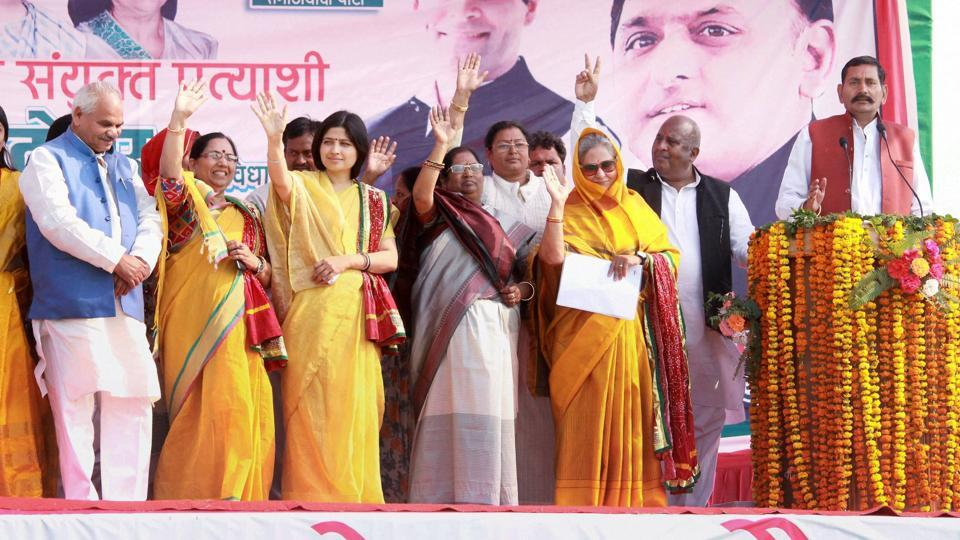 Samajwadi Party MPs Dimple Yadav and Jaya Bachchan campaign at an election rally in support of Congress-SP candidates in Kanpur on Thursday.