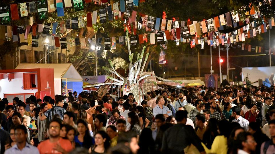 It was just like any Kala Ghoda Arts Festival crowd. (Arijit Sen/HT PHOTO)
