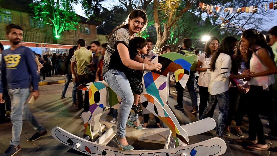 What's a horse got to do at the Kala Ghoda Arts Festival? (Arijit Sen/HT PHOTO)