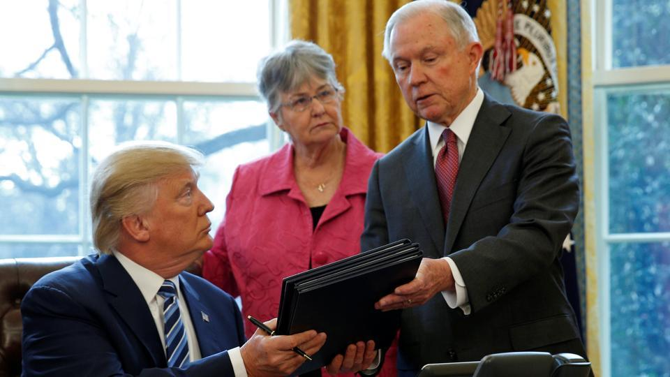 Jeff Sessions,Donald Trump,H-1B