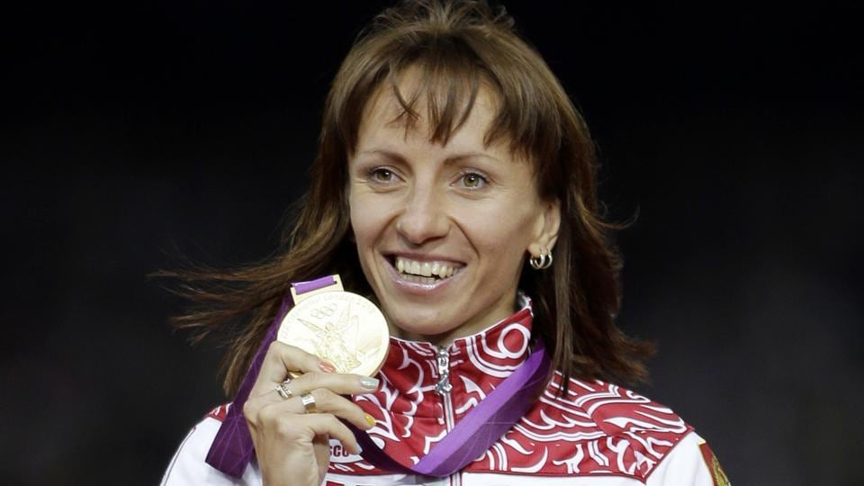 Russia's Mariya Savinova has been stripped of her 800m London 2012 Olympic Games gold medal.